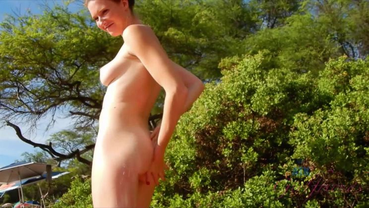 Ashely makes it to the nude beach in Hawaii!