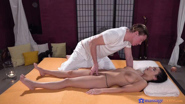 Sensual massage for Romanian beauty